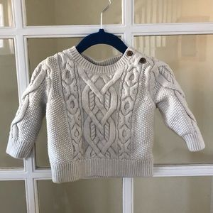Baby Gap Cable Knit Cream Colored Sweater 6-12 M